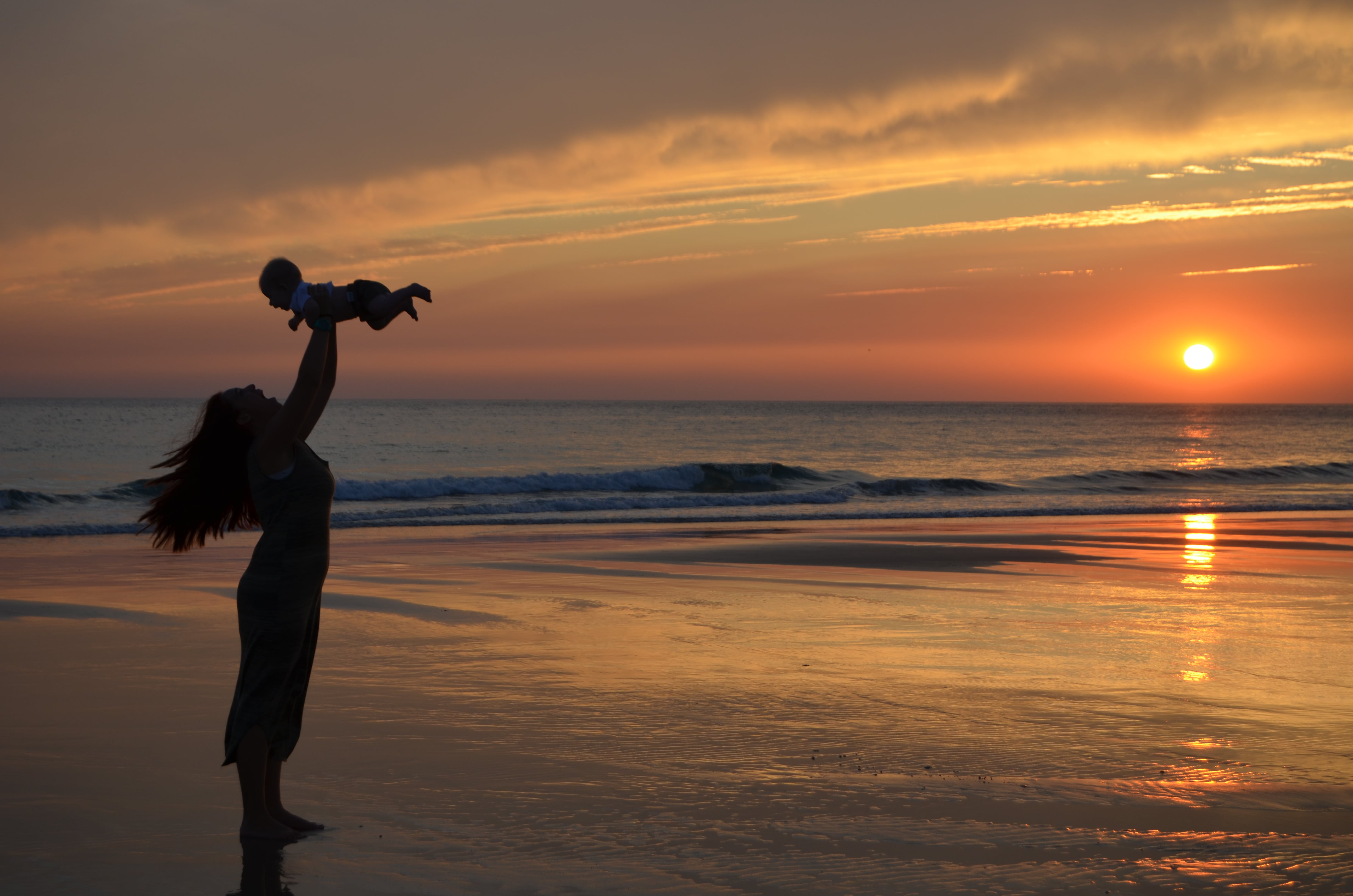 máma e hija, viajar con hijos