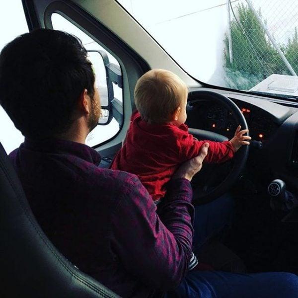 familia en autocaravana