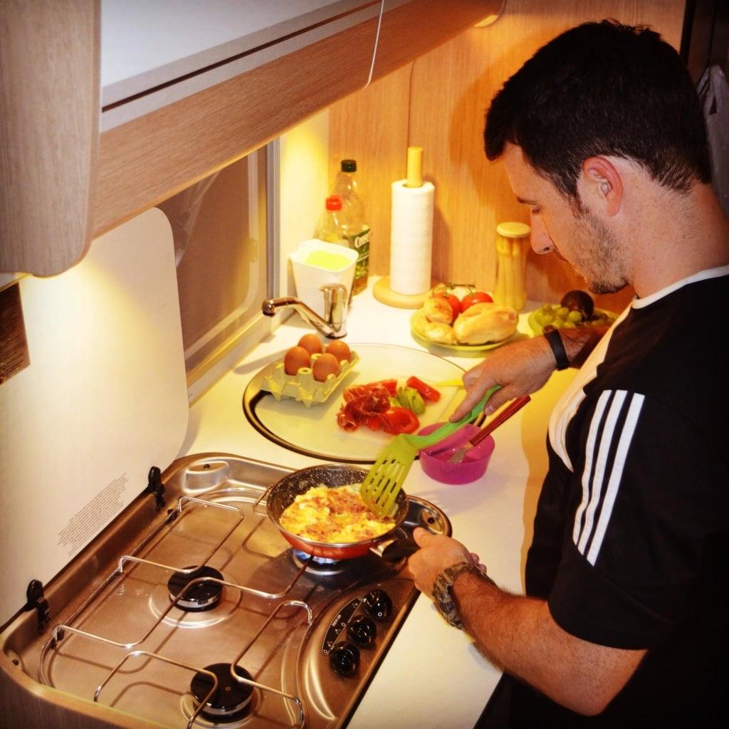 cocinar en la autocaravana