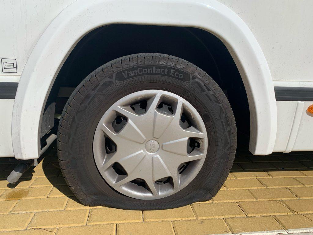 rueda autocaravana