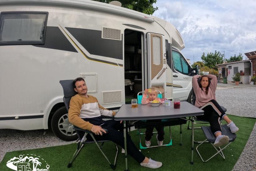 mesa y sillas crespo camping