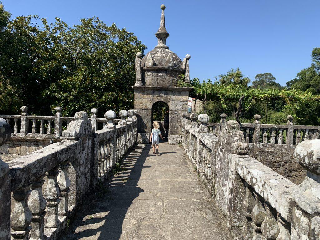 PALACIO FEFIÑANES